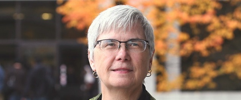 Leslie Weir to be honoured for her dedication to service, contribution to innovative initiatives, and collaborations to advance knowledge infrastructure in Canada